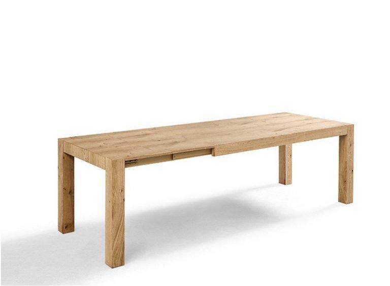 Tavolo allungabile in legno massiccio
